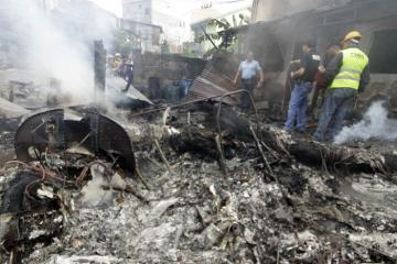 14 killed as light plane crashes in Parañaque residential area