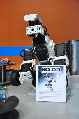 Robots face off in 2012 National Robotics Competition