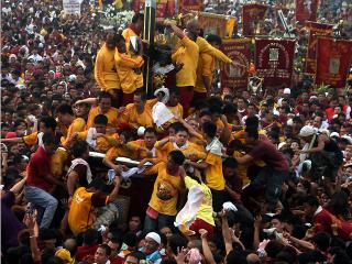 A sea of devotees join the Black Nazarene procession