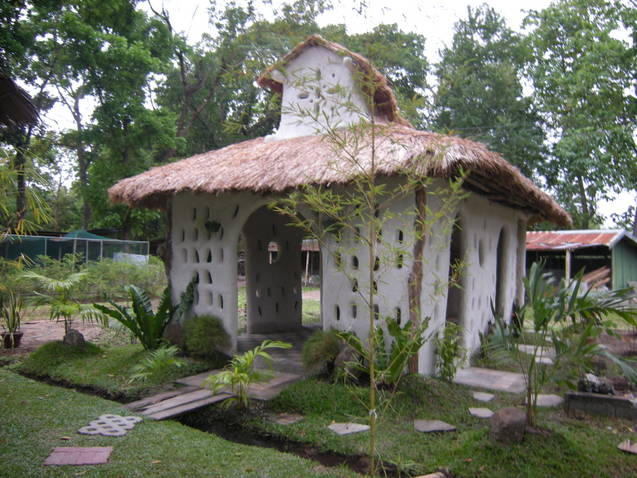 1st Environment Friendly Earth Chapel Made Of Mud And