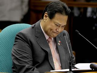 Corona gets emotional during testimony