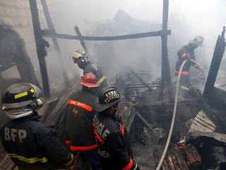 Fire guts several houses in Sampaloc