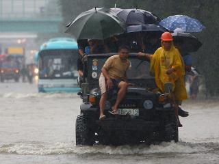 After break, heavy rain resumes in Metro Manila
