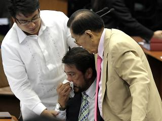Sotto delivers anti-RH bill speech; gets emotional