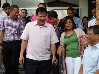 Robredo meets ARMM leaders days before crash