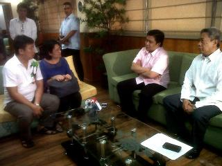 Couple in maids abuse meet with Jinggoy