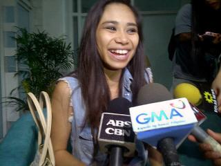 Jessica Sanchez, AI winners arrive for Manila concert