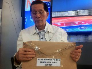 Enrile bares secret notes of Amb. Brady on Trillanes meeting