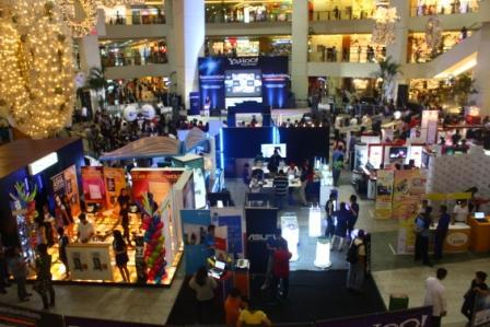 Several Metro Manila malls open on Christmas, New Year's Day ...