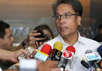 Roxas orders 6-month suspension of Cebu Gov. Garcia