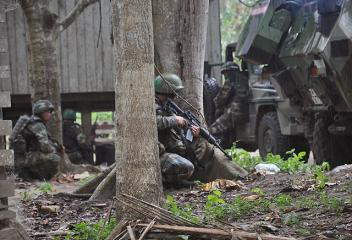 Hunt for elusive Sulu gunmen continues in Sabah