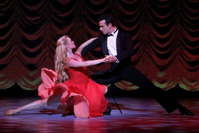 Time to dance 39 dirty dancing 39 is coming to manila Kellermans dirty dancing