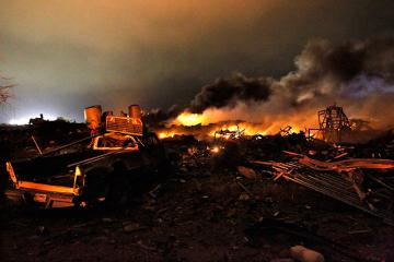 Over 100 hurt in Texas fertilizer plant explosions
