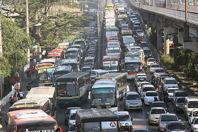 essay about traffic in edsa