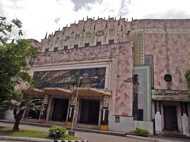 Manila metropolitan theater essay