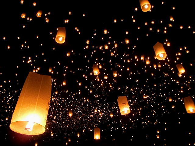 15,000 lanterns, each one a wish for peace, light up ...