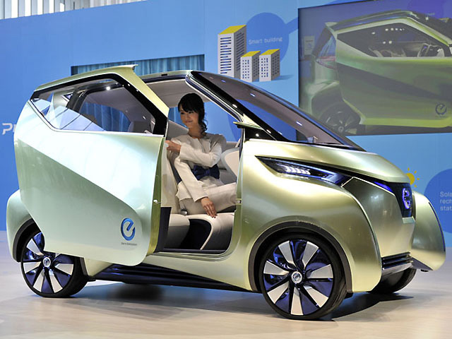 State Of The Art Nissan Pivo 3 Smart Commuter E Car Unveiled In